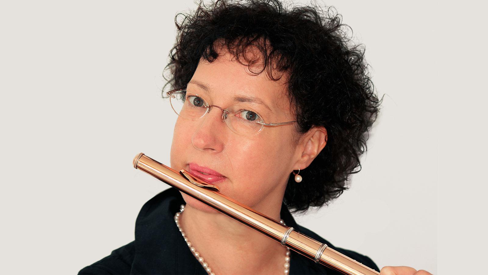 Johanna-Daske-Duo-Dali-Quer-flöte-Harfe-Liebert-Olivenbaum